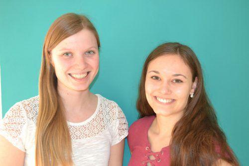 Johanna Fritz und Anna Fitsch sind von ihrer Ausbildung an der Fachhochschule Vorarlberg begeistert. BI