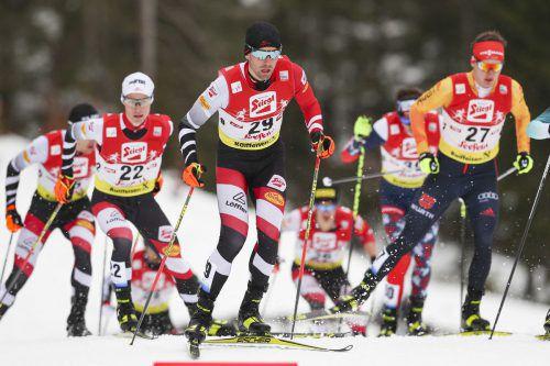 Johannes Lamparter (vorne) und seine ÖSV-Kollegen holten sich die Goldmedaille der Junioren-Weltmeisterschaft in der Kombination.Gepa