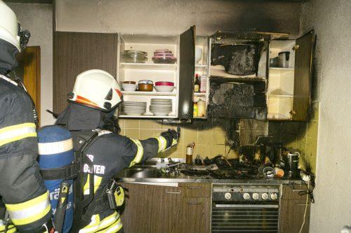 Jüngster Fall: Ein Fettbrand zerstörte am Sonntag eine Küche in Bregenz und führte zu einem Großeinsatz der Feuerwehr. D. Mathis