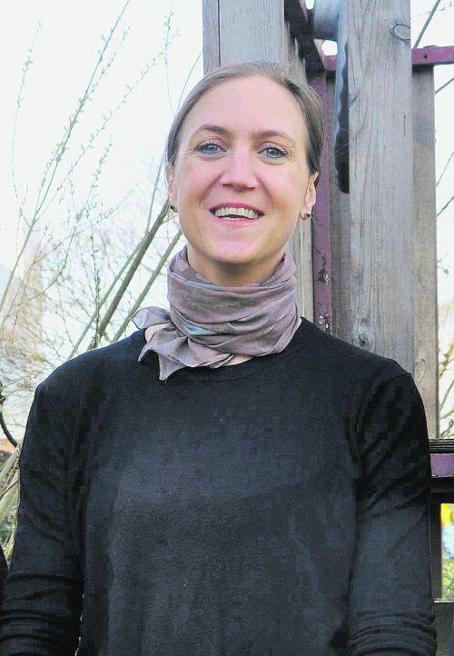 Julia Troll bringt sich gerne als Obfrau in das Kindergartenhaus ein. LAI