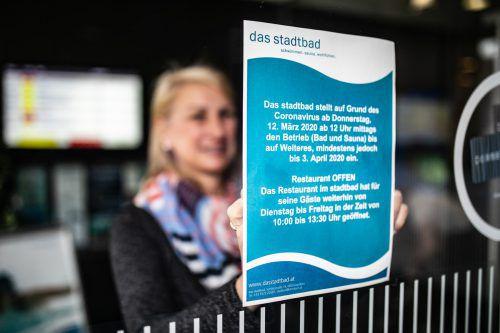 Kein Zutritt zu den Becken: Das Stadtbad Dornbirn stellte den Betrieb bis mindestens 3. April ein.
