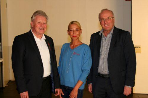 Krankenpflegevereinsobmann Dr. Benno Wagner, Anita Wittwer (Pflegleitung) und Univ.-Prof. Dr. Reinhard Haller. ChF/2
