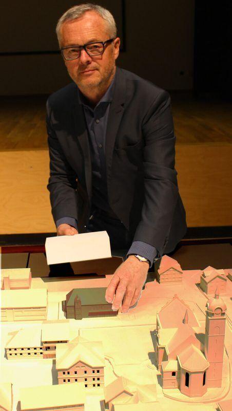 Länger als geplant ist Bürgermeister Gerhard Steurer mit der Gestaltung von Bezau beschäftigt. strauss