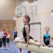 """<p class=""""caption"""">Mehrere Hundert aktive Sportler zeigen ihr Können bei den Wettkämpfen, an denen zahlreiche Schulen teilnehmen. cth</p>"""
