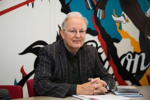 """""""Meine Haupttätigkeit im Ruhestand ist das Schreiben."""" VN/Paulitsch"""