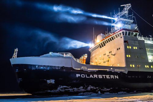 Messtechnik von Gantner Instruments bewährt sich auf der Polarstern unter härtesten Bedingungen. Fa/HENDRICKS