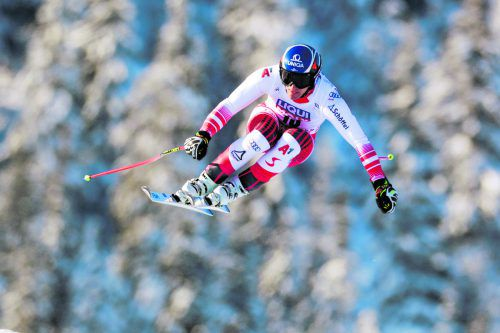 Mit altem Material zum Erfolg. Matthias Mayer fuhr auf bewährtem Ski zu seinem vierten Saisonsieg im Weltcup.ap