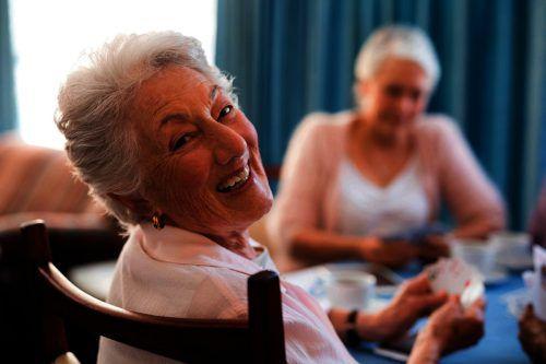 Morgen, Dienstag, findet in der Kochschule Oberdorf ein Informationsabend zur Senioren-Wohngemeinschaft für Demenzerkrankte statt. adobe stock