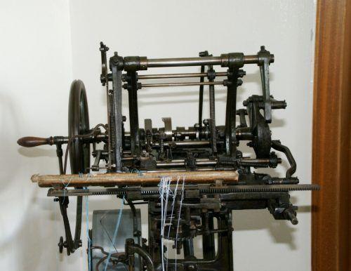 Alte Technik aus der Geschichte der Textilindustrie gibt es im Museum S-MAK am ersten Septemberwochenende zu sehen.pe