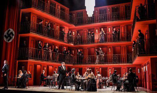 """Neuproduktion von """"Arabella"""" von Richard Strauss unter Robert Carsen und Fabio Luisi in Zürich. Opernhaus/T. Suter"""