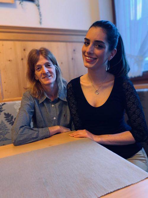 Nina Wolf und ihre Mutter Sabine befinden sich in Ischgl.