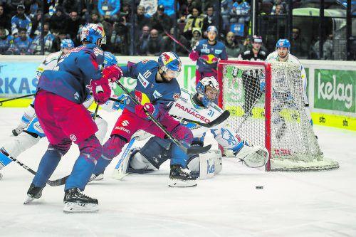 Raphael Herburger und Salzburg glichen die Serie gegen Villach aus.GEPA