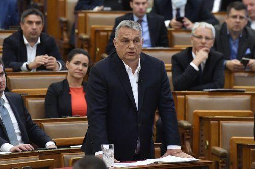 Regierungschef Viktor Orban erhält auf unbestimmte Zeit freie Hand in Ungarn.