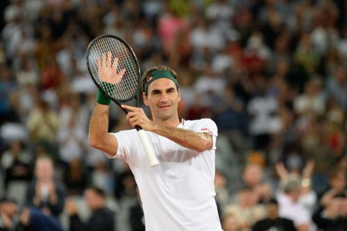 Roger Federer überbrückt die Corona-Pause mit Heimshows.ap