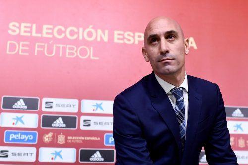 Spaniens Verbandspräsident Luis Rubiale kündigte finanzielle Hilfe an.afp