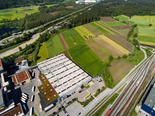 Geplante Rauch-Erweiterung in Ludesch hält Landespolitik auf Trab.VN