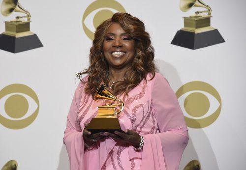 """Von der Verleihung der Grammy Awards in das Badezimmer: Gloria Gaynor wäscht sich während ihres Hits """"I Will Survive"""" 20 Sekunden lang ihre Hände. AP"""