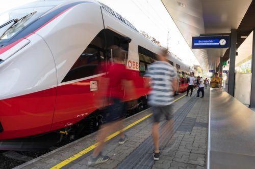 Sollten seit über einem Jahr im Einsatz sein: die Talent-3-Züge des Herstellers Bombardier haben weiter Verspätung. VN/Stiplovsek