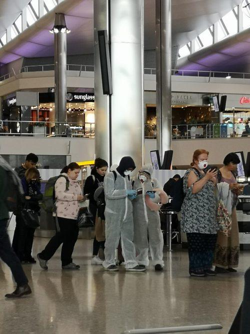 Wer zurück nach Hause will, kann sich auf gestrichene Flüge, lange Wartezeiten und Chaos gefasst machen.