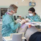 Zahnschmerzen treten weiter auf