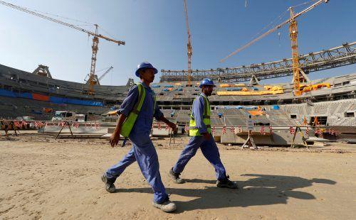 Amnesty kritisiert die Isolierung von Fußball-WM-Arbeitern in Katar.Reuters