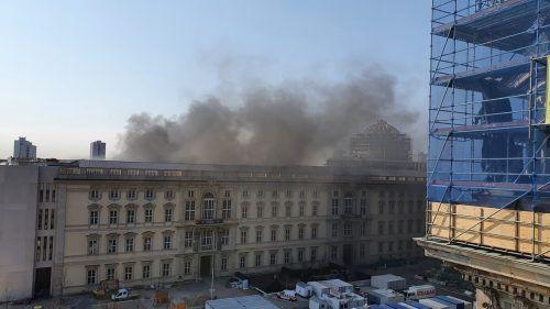 Auf der Baustelle des Humboldt Forums in Berlin ist ein Feuer ausgebrochen. AP