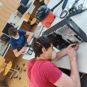 HTL-Schüler machen Computer fürs E-Learning wieder flott