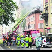 Ehemaliges Hotel in St. Gallen in Flammen