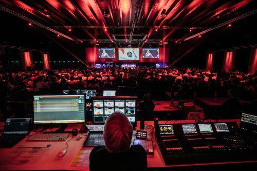 Die größte Digitalkonferenz im Bodenseeraum findet heuer einmal digital und einmal im gewohnten Rahmen statt - mit einem Ticket ist man bei beiden dabei.VN/Sams