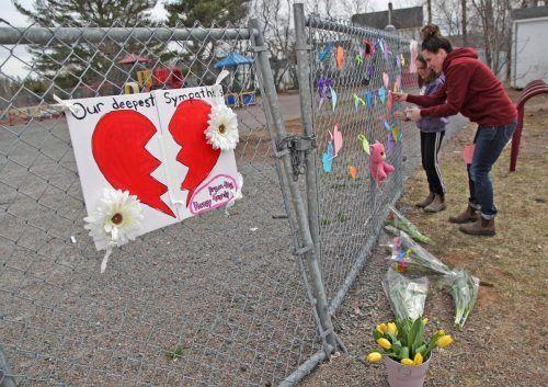 Die Opferzahl stieg am Dienstag auf 19. In Nova Scotia herrscht tiefe Trauer. apa