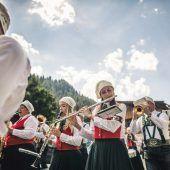 Blasmusiker planen Klangwolke