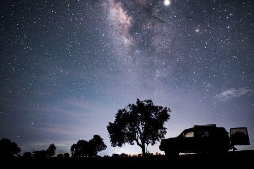 Heute ist bekannt, dass die Zahl der Galaxien in die Milliarden geht - und dass sich unser Stern in einem Seitenarm der Milchstraße befindet, fernab des Zentrums. AFP