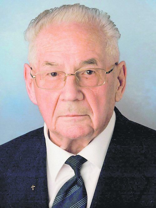 Pfarrer i. R. Cons. Adolf Huber prägte ganze Generationen.