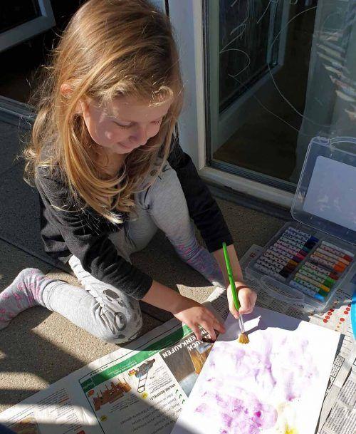 Tipps fürs Spielen und Basteln gibt es auf www.hohenems.at. Stadt