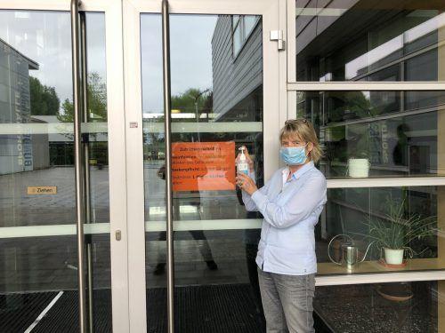 BG-Direktorin Ulrike Fenkart ist auf alles vorbereitet, was die Behörden an Schutzmaßnahmen für den Unterricht vorschreiben. VN/Hämmerle