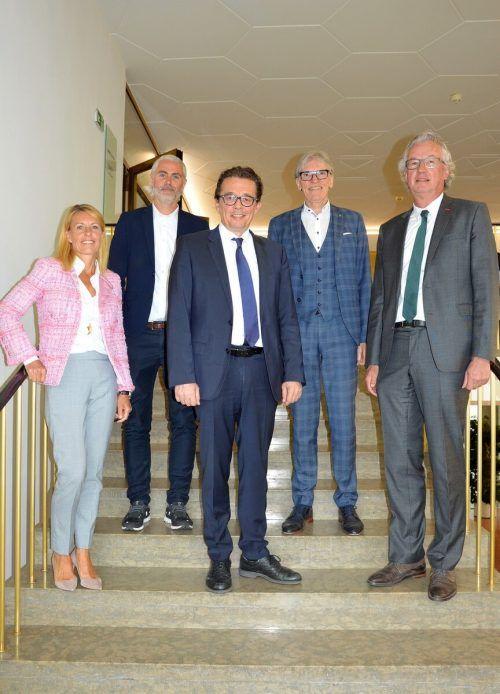 Das neue Führungsgremium der WKV, das heute gewählt wird (v.l.): Petra Kreuzer, Stefan Hagen, Hans Peter Metzler, Wilfried Hopfner und Eduard Fischer.WKV