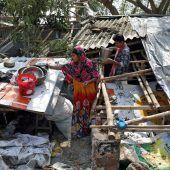 Großes Aufräumen nach Zyklon Amphan mit 90 Toten