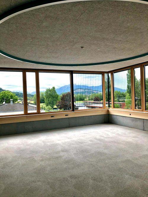 Ein Blick aus der neuen Volksschule Schwefel.Stadt