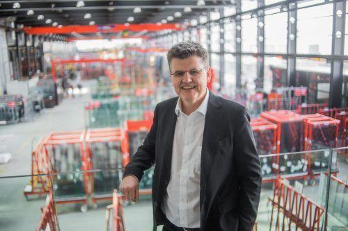 Glas-Marte-Chef Bernhard Feigl hat das Kapitel Allgäu abgeschlossen und ist jetzt mit einem Betrieb in Tirol auf einem erfolgreichen Weg. VN/Steurer