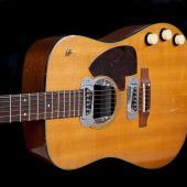 Gitarre zu ersteigern