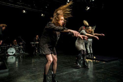 In Sorge ist man auch im Werk X, wo das Aktionstheater seine Wiener Auftritte hat. VN/RP