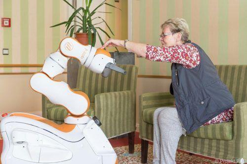 """""""Lio"""" wird zunächst in zwei Altenpflegeheimen eingeführt. APA/Projekt Pur"""