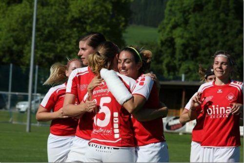 Mit vier Neuverpflichtungen soll der Sprung in die 1. Frauen Bundesliga klappen. Knobel