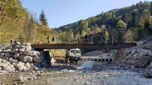 Rappenlochumfahrung mit inzwischen eröffneter Notbrücke. Die Verbindung ins Ebnit ist derzeit in der Kritik. ha