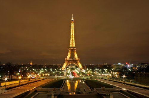 Soll möglichst bald wieder für Besucher zugänglich sein: der Eiffelturm. AP