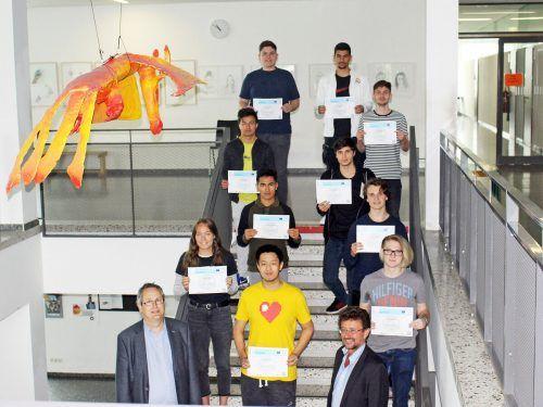 Als erste Oberstufenklasse im Westen Österreichs bzw. als zweites Gymnasium österreichweit wurde die 7ITM EDLRIS-zertifiziert. lcf