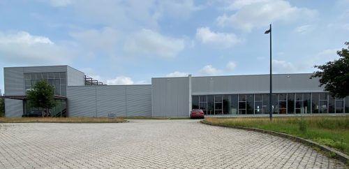 Auf dem neuen Gelände wird der Vorarlberger Verpacker Rattpack in Apolda (D) ein neues Werk für die Verpackung der Ospelt-Produkte hochziehen. Fa