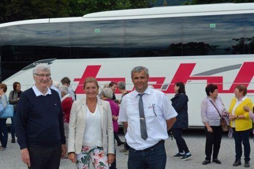 Bischofsvikar Rudolf Bischof (l.),Christine Stelzer (GF Innsbruck Information) und Konrad Bereuter (GF Hehle Reisen). Innsbruck Tourismus