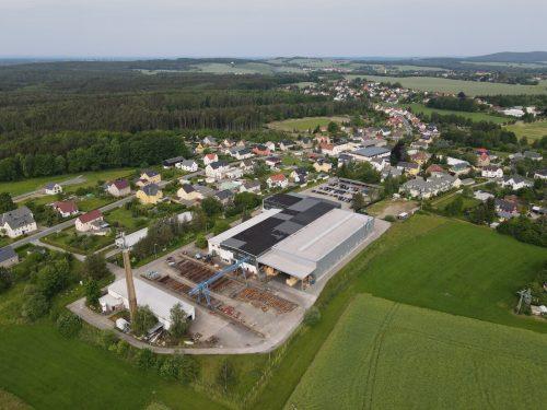 Das Firmengebäude von Schäfer in Ohorn, nähe Dresden. Die Synergieeffekte sind groß, beide Firmen bedienen teils die gleichen Kunden. zimm
