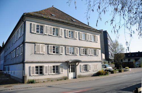 Das frühere Altersheim weicht einem Neubau. Das Gebäude wurde 1838 errichtet.